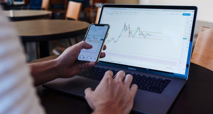 Coinbase public debut and stock token listing on Binance