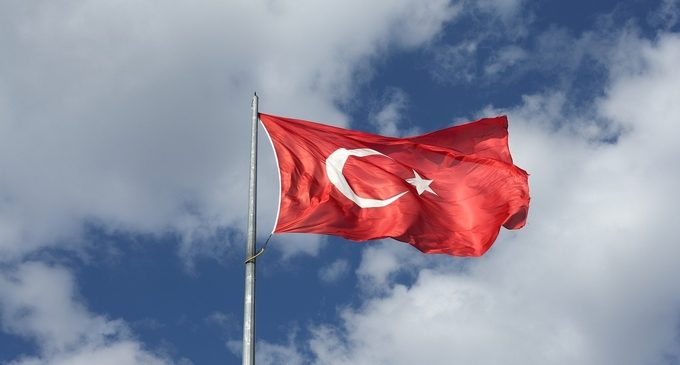 Turkey bans crypto payments; Bitcoin and some altcoins drop