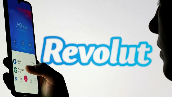 Will Revolut's New Update Put An End To Crypto Traders' Affinity For PayPal And Robinhood