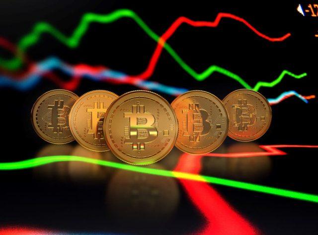 Market Update: Bitcoin's In Reverse Gear, Big Bosses Start Selling
